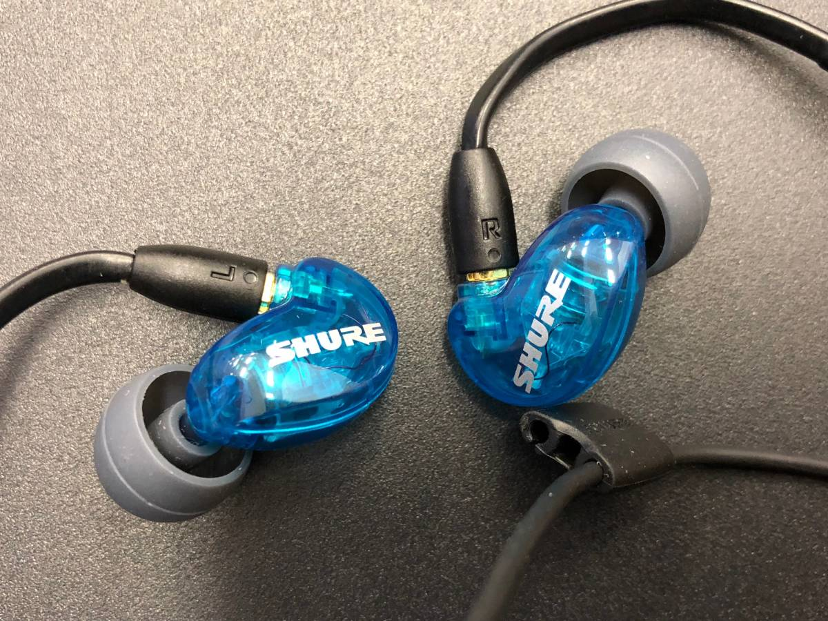 Вакуумные Shure SE215 Wireless
