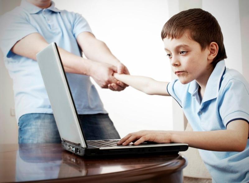 Как отучить ребенка целыми днями играть в компьютерные игры и при этом не ограничивать его свободу
