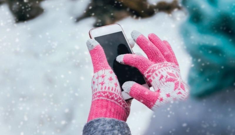 Тепло ли тебе, телефон: что делать, чтобы смартфон не выключался на морозе