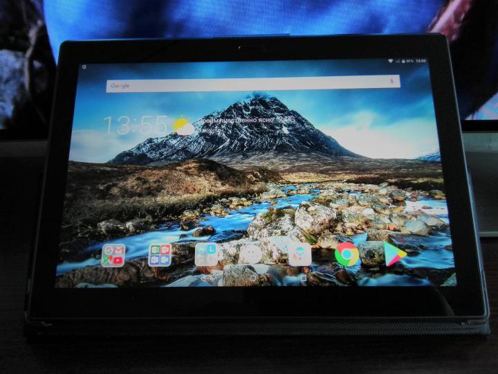 планшет Lenovo Tab 4 TB-X704L