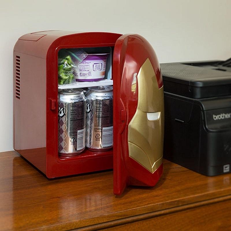 Настольный мини-холодильник